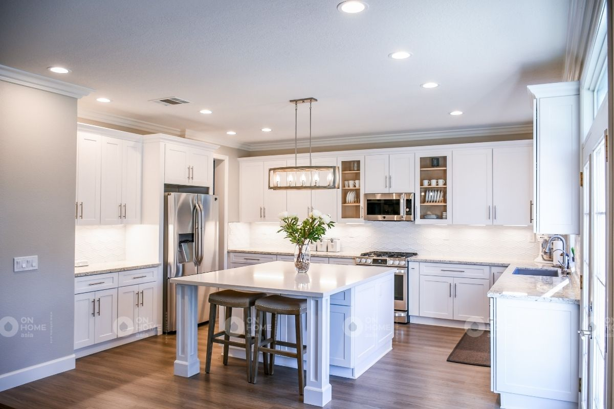 Phòng bếp chung cư 70m2 thiết kế theo phong cách tân cổ điển